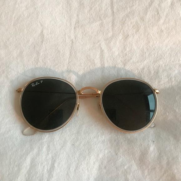 c1cbb87dee Rayban Polarized John Lennon Sunglasses. M 5a8ebecc72ea8848f9047177